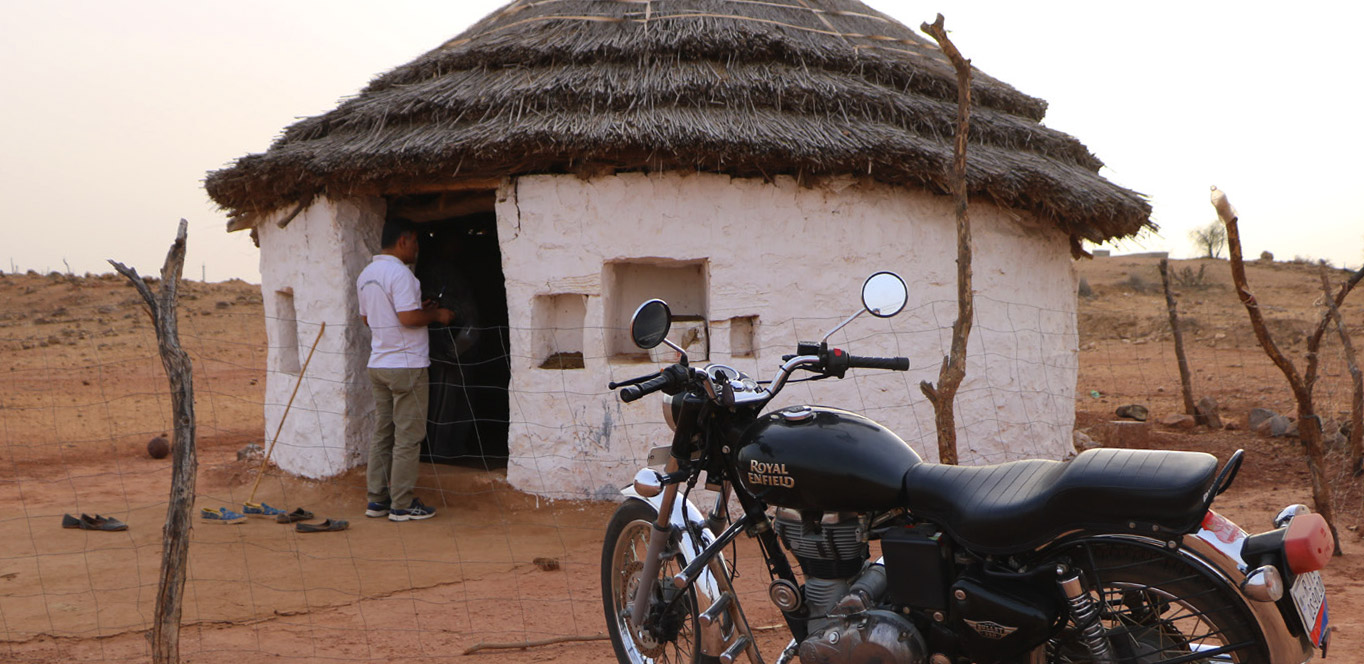 Rajasthan Royal Enfield Motorcycle Tour Guide & Driver